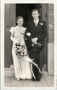 Trouwfoto vader en moeder op 25 mei 1939