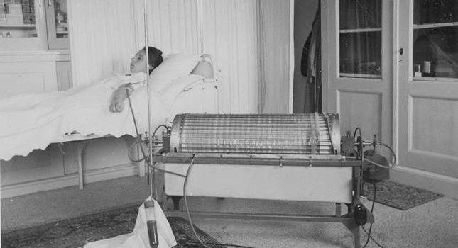 Vergeefse strijd van Dr. Kolff om het leven van 'patiënt nummer zes'